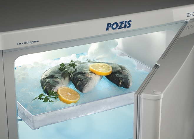 Refrigerating and freezing equipment